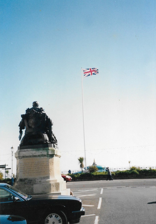 http://ehctest.southlynn.co.uk/files/original/4f04b2f946ed36930ab4458f54ec7c9b.jpg
